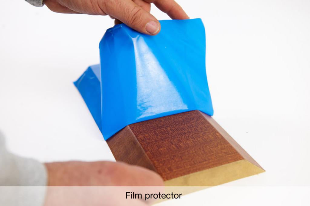 Chapa para molduras con film protector